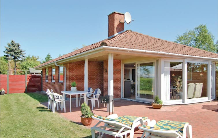 Holiday cottage with 4 bedrooms on 105m² in Odder