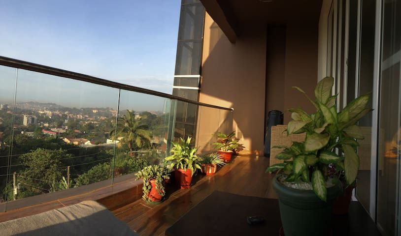 Private room in luxurious high-rise condo - Kampala - Apartamento
