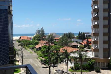 Suite no meio da Praia Grande em Torres - Torres