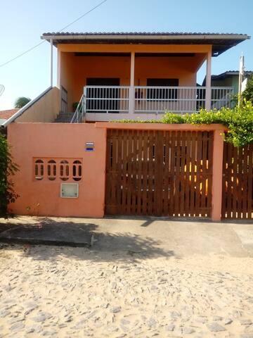 Alugo casa ou apenas suíte em Flecheiras-Ce.