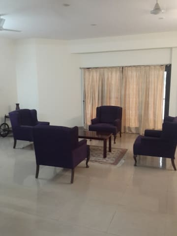 2 Bedroom Furnished Apartment in Banjara Hills-12 - Hyderabad - Pis
