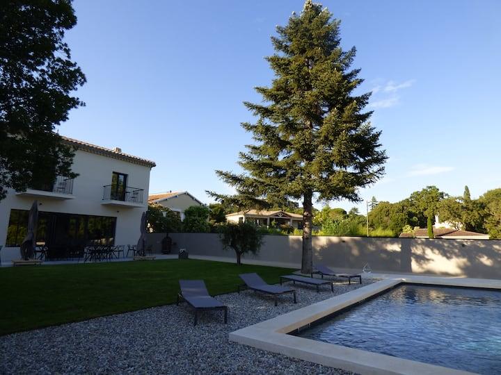 Chambres d'hôtes de charme à 5 min d'Avignon 3 ch