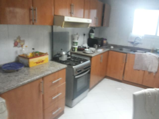 FURNISHED ROOM FOR RENT IN DUBAI - Sharjah - Apartment