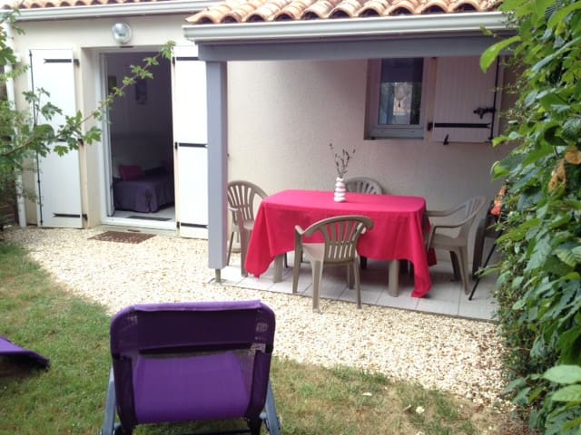 MAISON P.PIED 2/3PERS JARDIN PROCHE THERMES