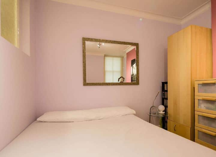 โคซี่พาร์ทเมนท์ 1 ห้องนอน