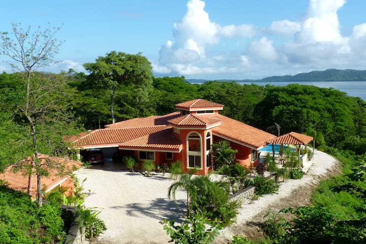 Spectacular View of the Gulf from Luxury Villa! - Paquera - Villa