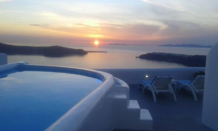 Junior Caldera Sea and Sunset view