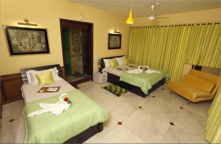 Embassy room near Bandra Kurla Complex - Mumbai - Rumah