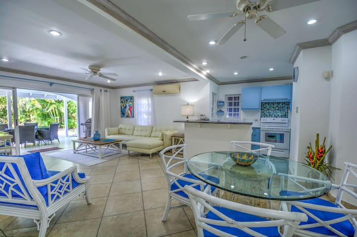 CocoVilla, Luxury Villa, Barbados - BB - Вилла