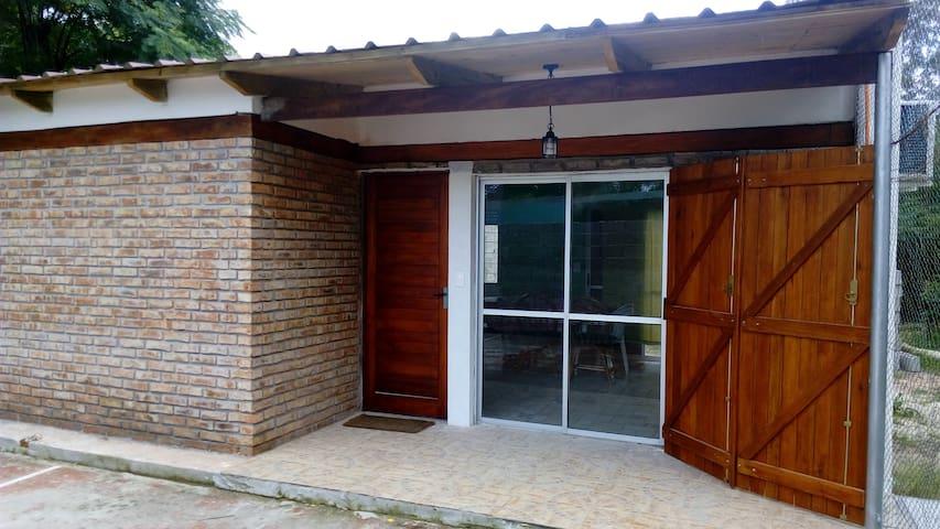 Casa nueva a 1 cuadra de la playa - Salinas