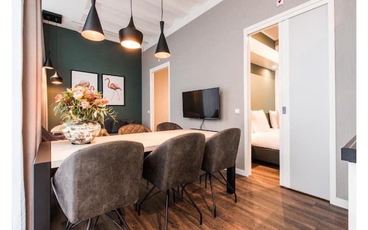 2-Bedroom Apartment in trendy NDSM