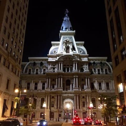 Basic Room in the heart of downtown Center City - Philadelphia - Condominio