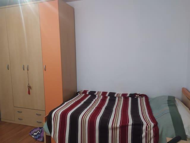 Habitación para alquilar en el centro de Murcia