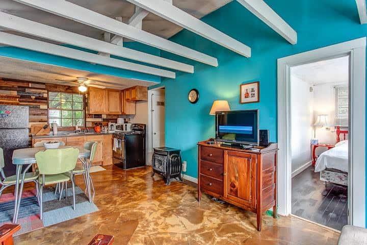 Charming East Nashville 2-Bedroom Cottage