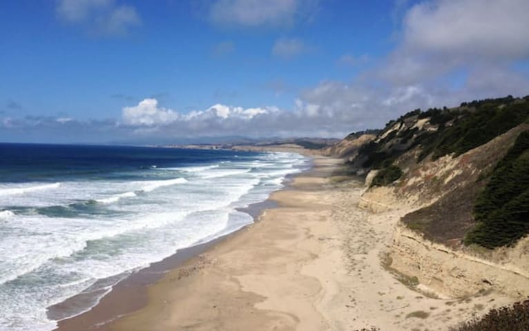 Charming Beach Cottage - Half Moon Bay - Appartement