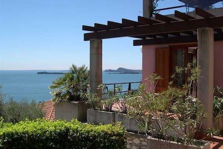 Premium apartment lakeview + pool - Gardone Riviera