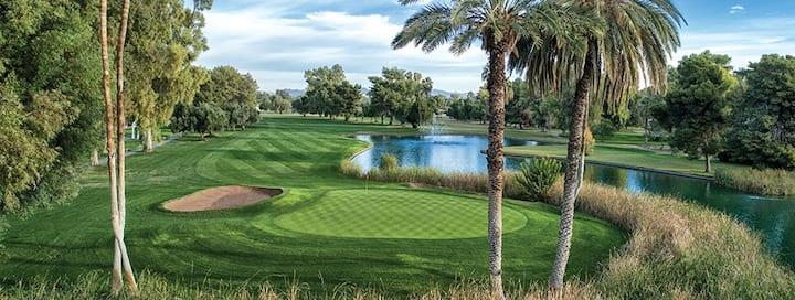 Fantastic Scottsdale Golf Resort (1 bedroom)