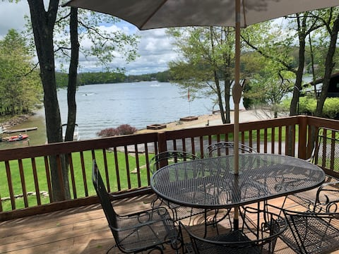 Social distance at the Lake! Easy access from I-80