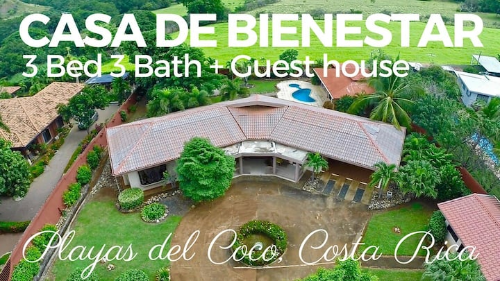 Guest Cottage + private bathroom in Coco $65 night