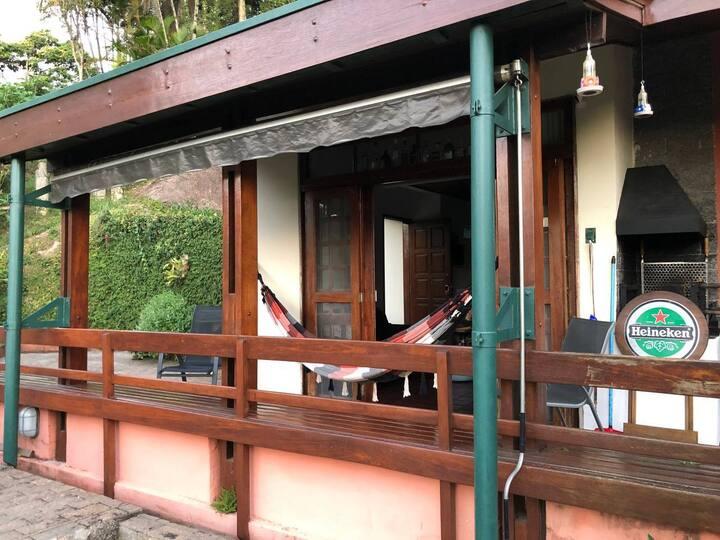 Casa nas montanhas em Atibaia