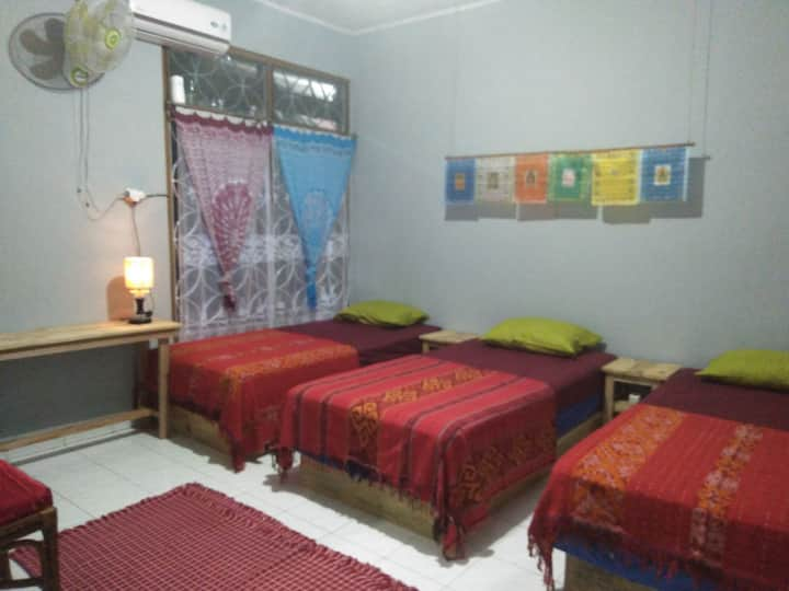 Khatumbiri Yogyakarta- Triple Bed Room 3 person