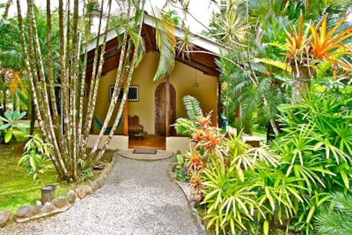 Walk to Surf, Private River Trail & Best Gardens!