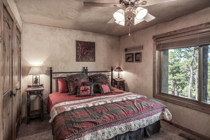 Bedroom w/ King