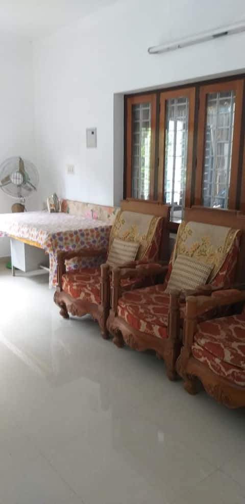 Studio with all privacy 20 mtrs from river