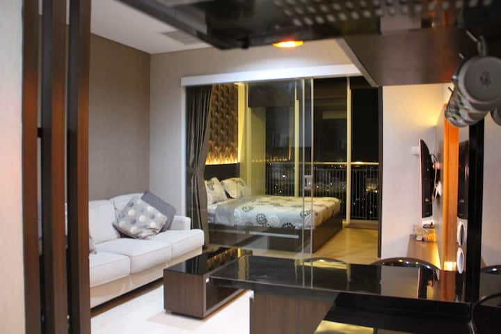 1719 Dago Suites Apartment in Bandung