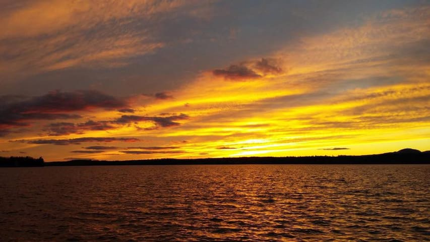 Chalet a Louer Lac Magog - Sherbrooke