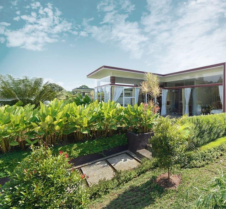 Villa Scarlet, Kuta Village Lody Complex