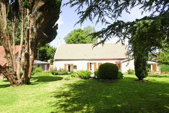 4 star holiday home in Bazenville