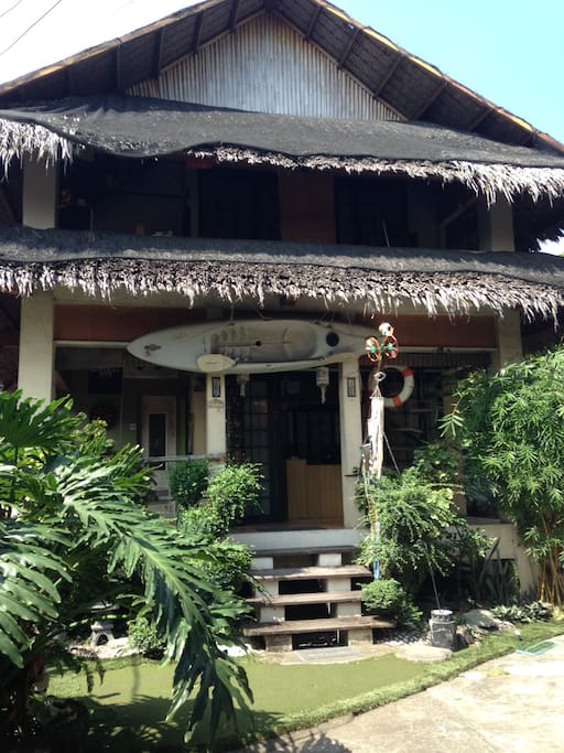 The kubo is a blend of traditional with a modern twist of Filipino house.