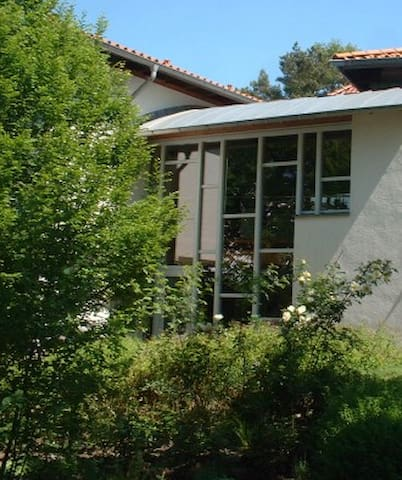 Gemütliches helles Zimmer Nähe A33 - Schloß Holte-Stukenbrock - House