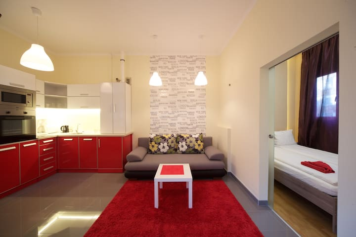 Charming and fancy flat with AIRCO - Budapeste - Apartamento