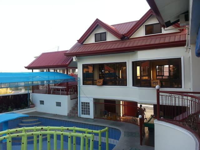 ANNELIE PRIVATE HOTSPRING RESORT - Los Baños - 別荘