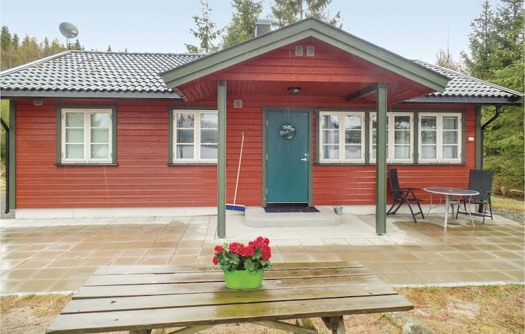 Holiday cottage with 3 bedrooms on 67 m² in Ørje