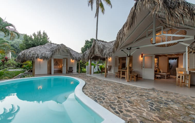 A Funky Spacious Designer Villa Near Coson Beach