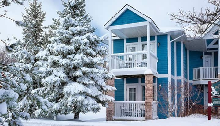 Relaxing 2 Bdrm Condo in Canada's Horseshoe Valley