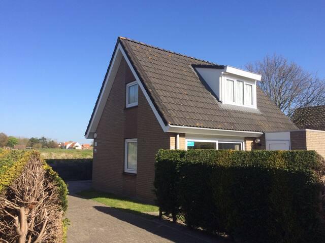 5 persoons bungalow vlak bij zee 29 - Ouddorp - Huis