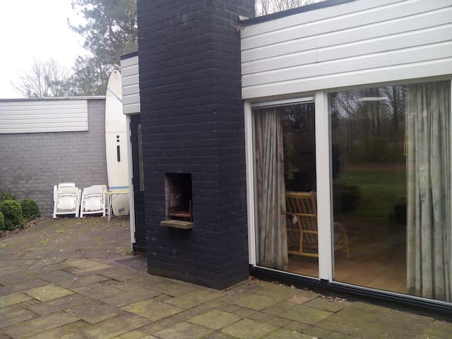 Bungalow in Drenthe,rust en privacy - Erm - Huis