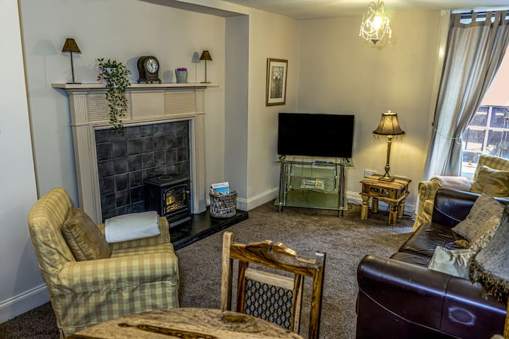 1 Bedroom Apartment - St Patrick's Square (Clerk St)