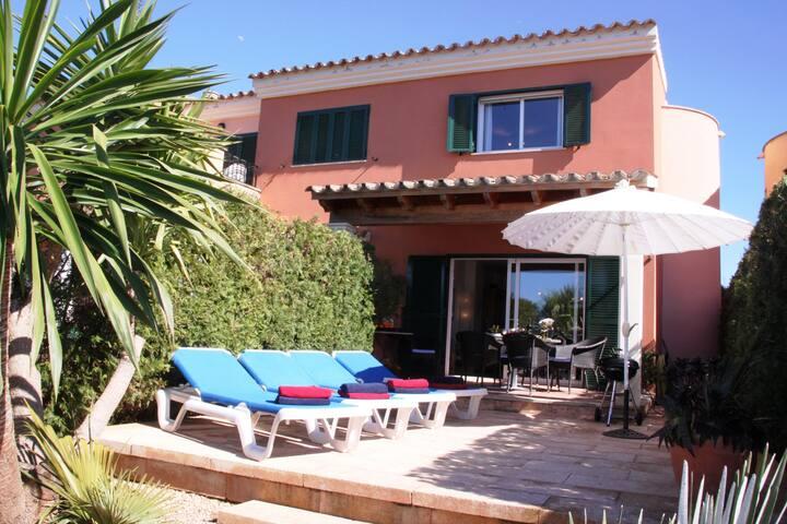 Casa Luna, Ferienhaus direkt an der Cala Pi Bucht!