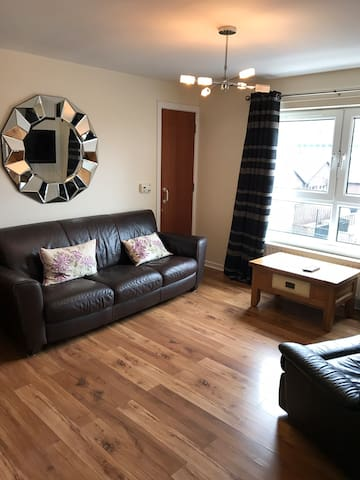 Spacious 3 Bedroom City Centre Apartment
