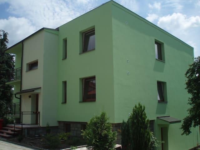 Apartmán Vila Vodičkovi - až pro 6 osob - Luhačovice - Pis