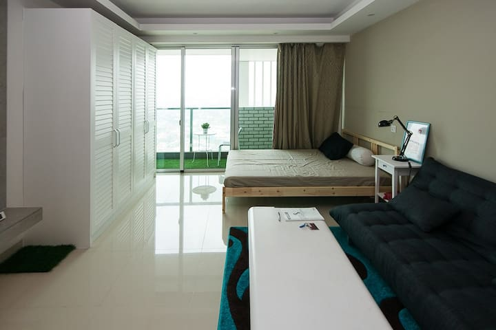 Studio apartment at BIG mall, Intercon kemang vill - Kebayoran Baru - Appartement