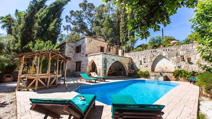 Villa Ofelia - Miliou, Paphos, Cyprus
