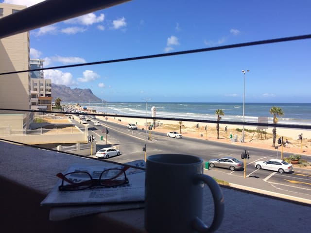 To Sea or Sightsee, Beach Road, Strand - Cape Town - Apartemen