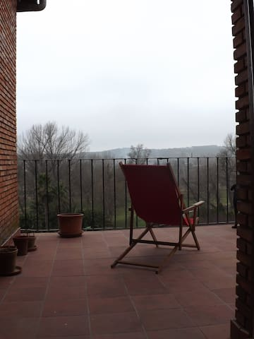 Bedroom with two beds and great views - Calahorra - Dom