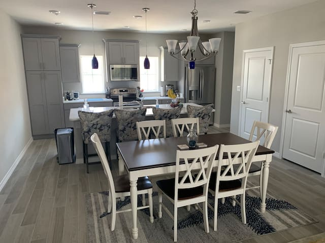 Room in shared townhome in Perdido Key!